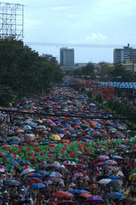 Thousands Of Sinulog Crowd.